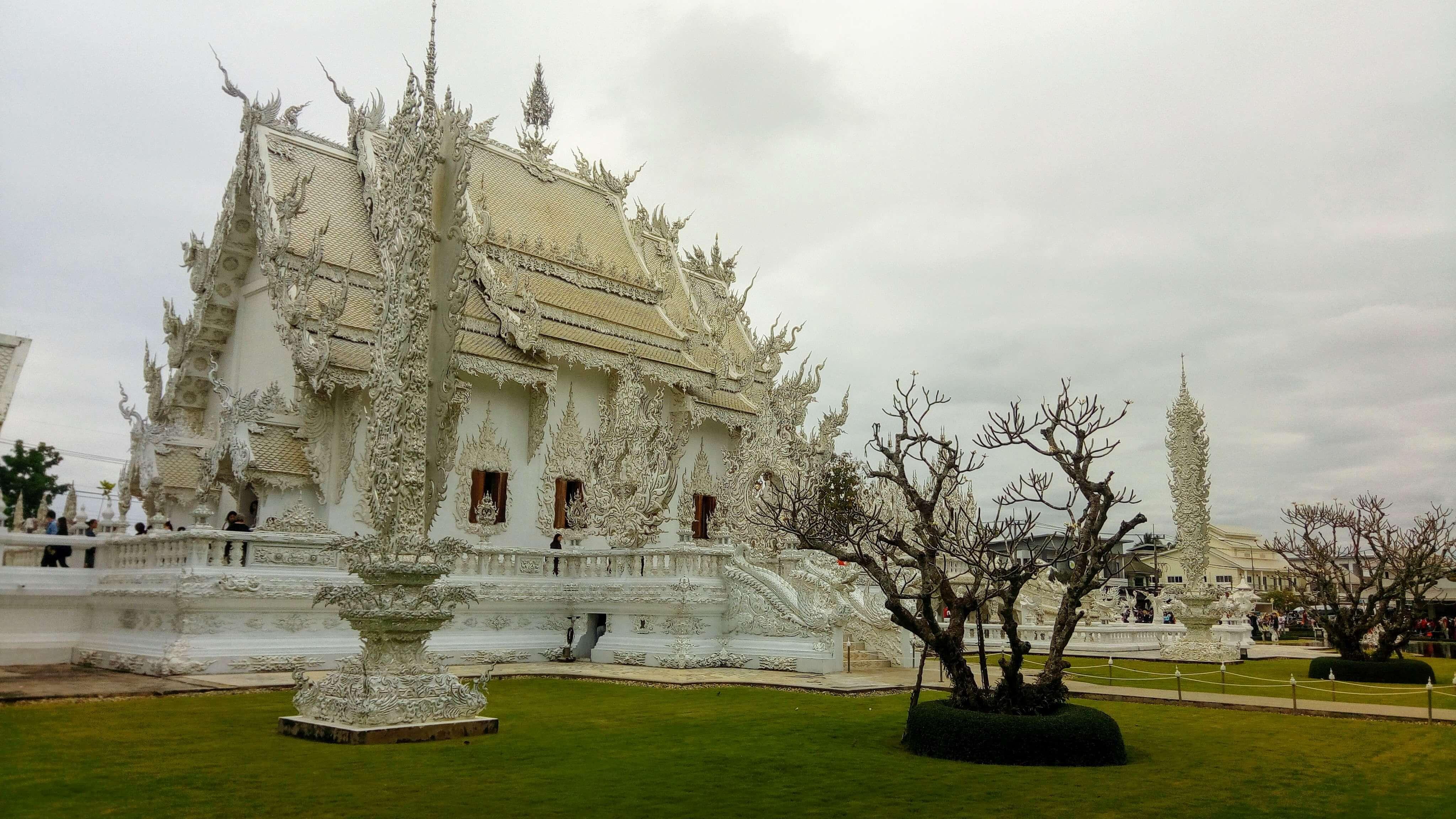 remote-update1-cm-white-temple